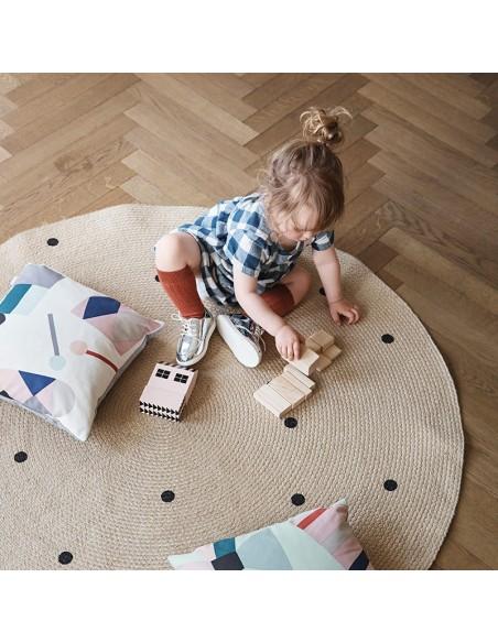 Okrągły dywanik z juty Ferm Living Black Dots Large